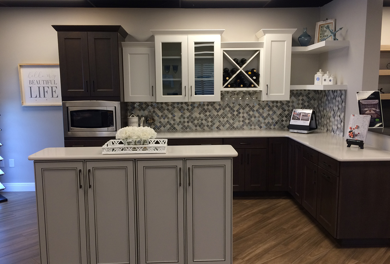 Tucson Cabinets & Stoneworks kitchen island (image)