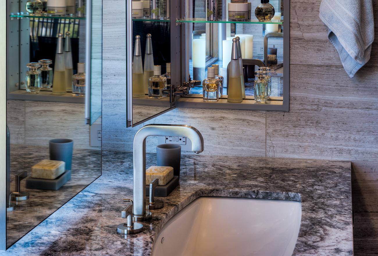 Tucson Cabinets & Stoneworks bathroom vanity and wall (image)